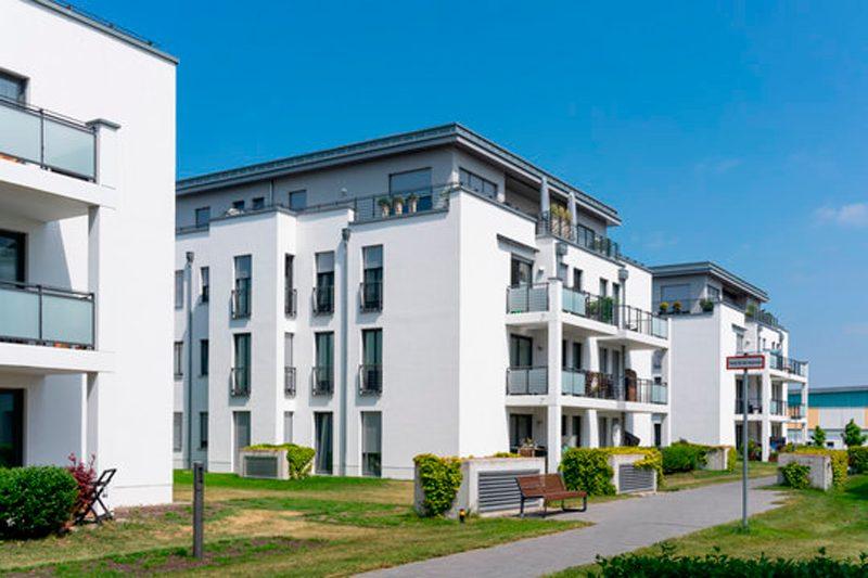 Fachadas modernas con exteriores Corian
